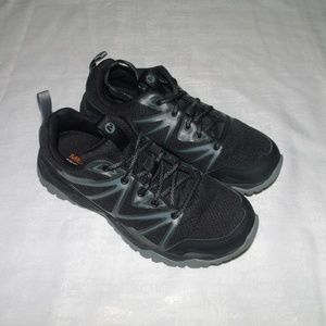 MERRELL WOMENS RUNNING TRAIL SHOES 7.5